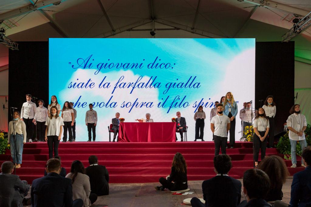 """Come diventare un """"giovane di Rondine"""" e raccogliere il testimone di Liliana Segre? Partecipando al Quarto Anno Rondine"""