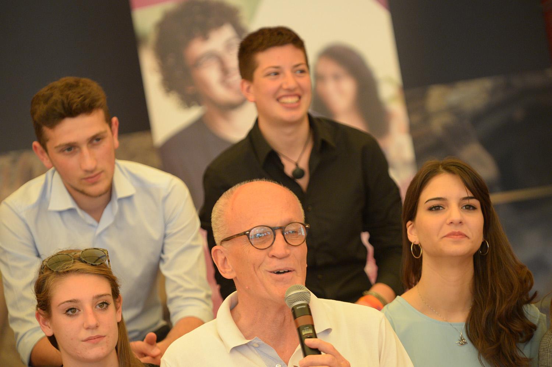 Quarto Anno Liceale d'Eccellenza: la cerimonia di chiusura della seconda edizione del progetto sul palco di YouTopic Fest