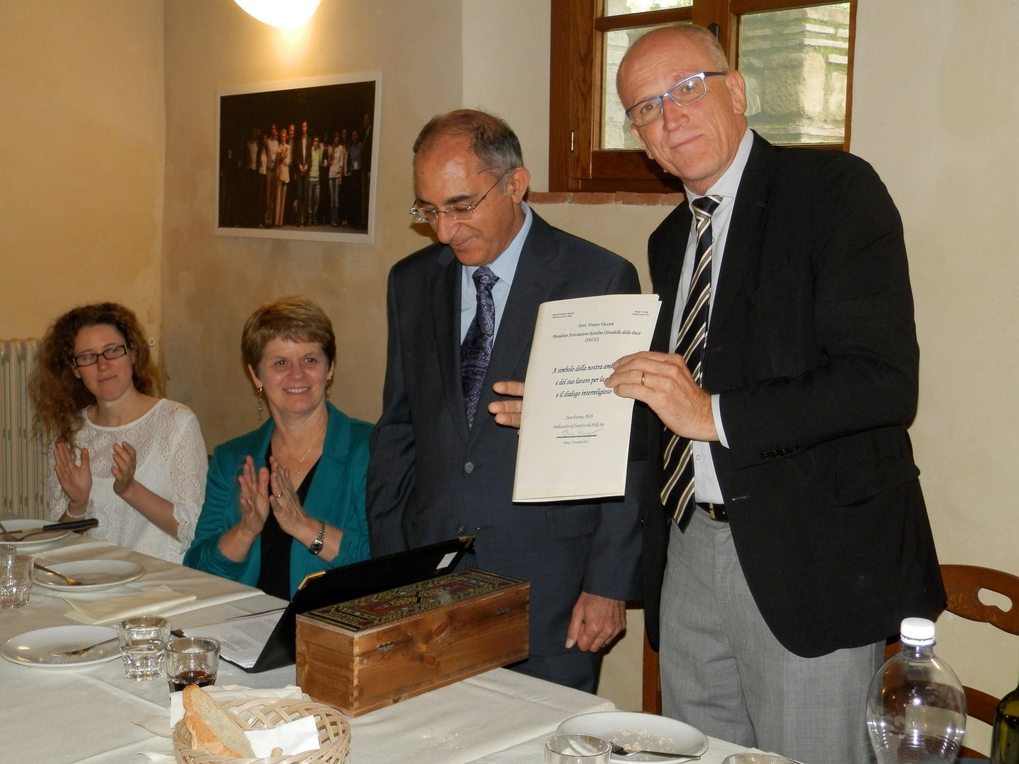 Il dialogo tra la Santa Sede e Israele passa da Rondine: l'incontro dell'Ambasciatore Zion Evrony con gli studenti della Cittadella della Pace