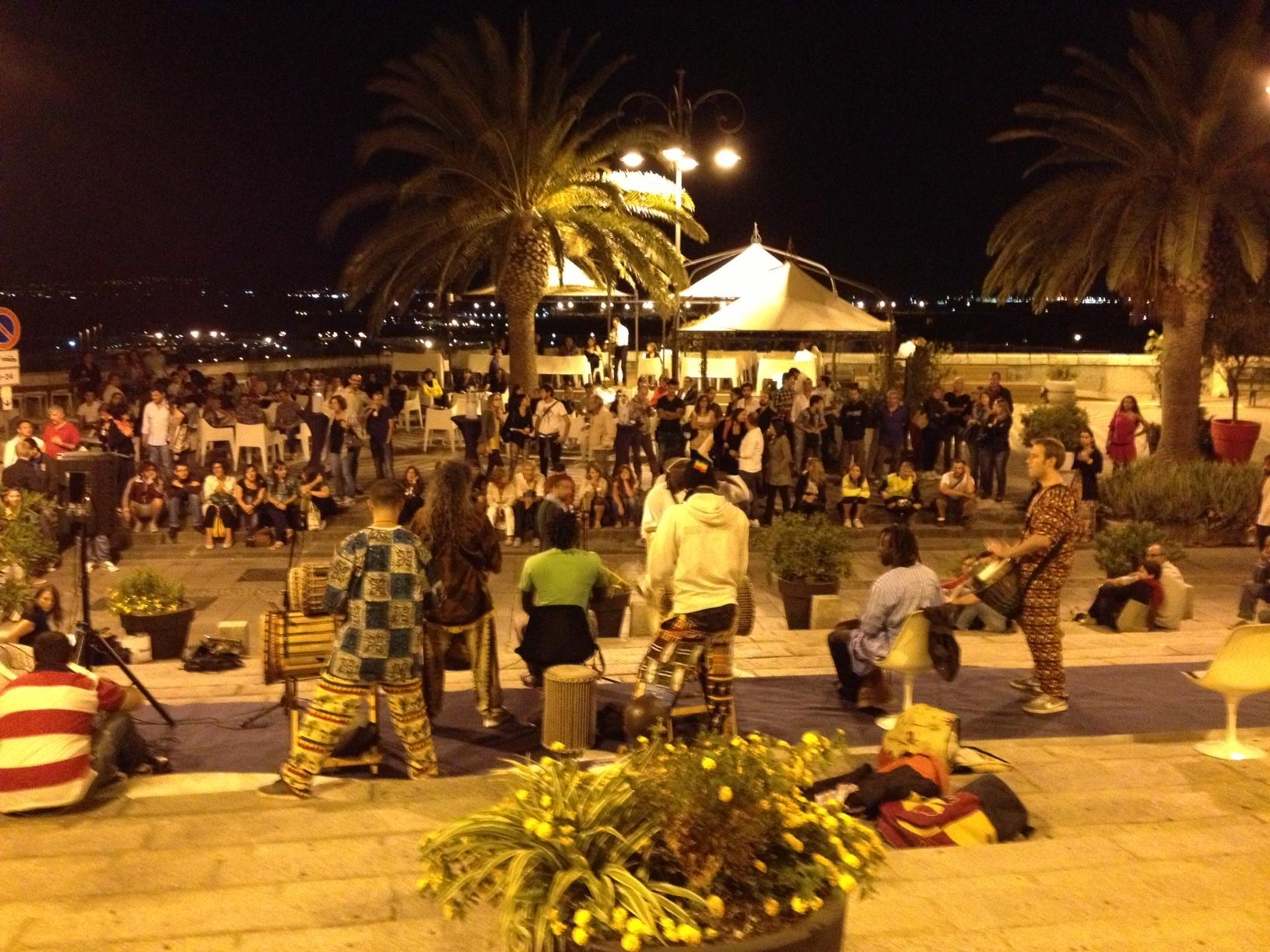 Live from Primavera Araba! La piazza di Cagliari accoglie Rondine con calore